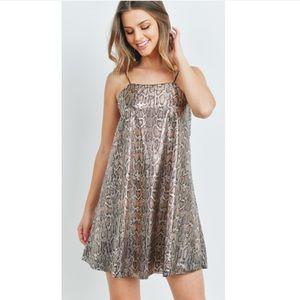 Shimmer shift animal print Dress Womens